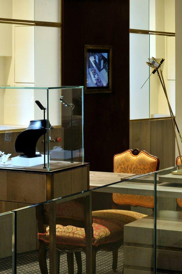 intérieur boutique Beaumont et FInet joaillier Lyon