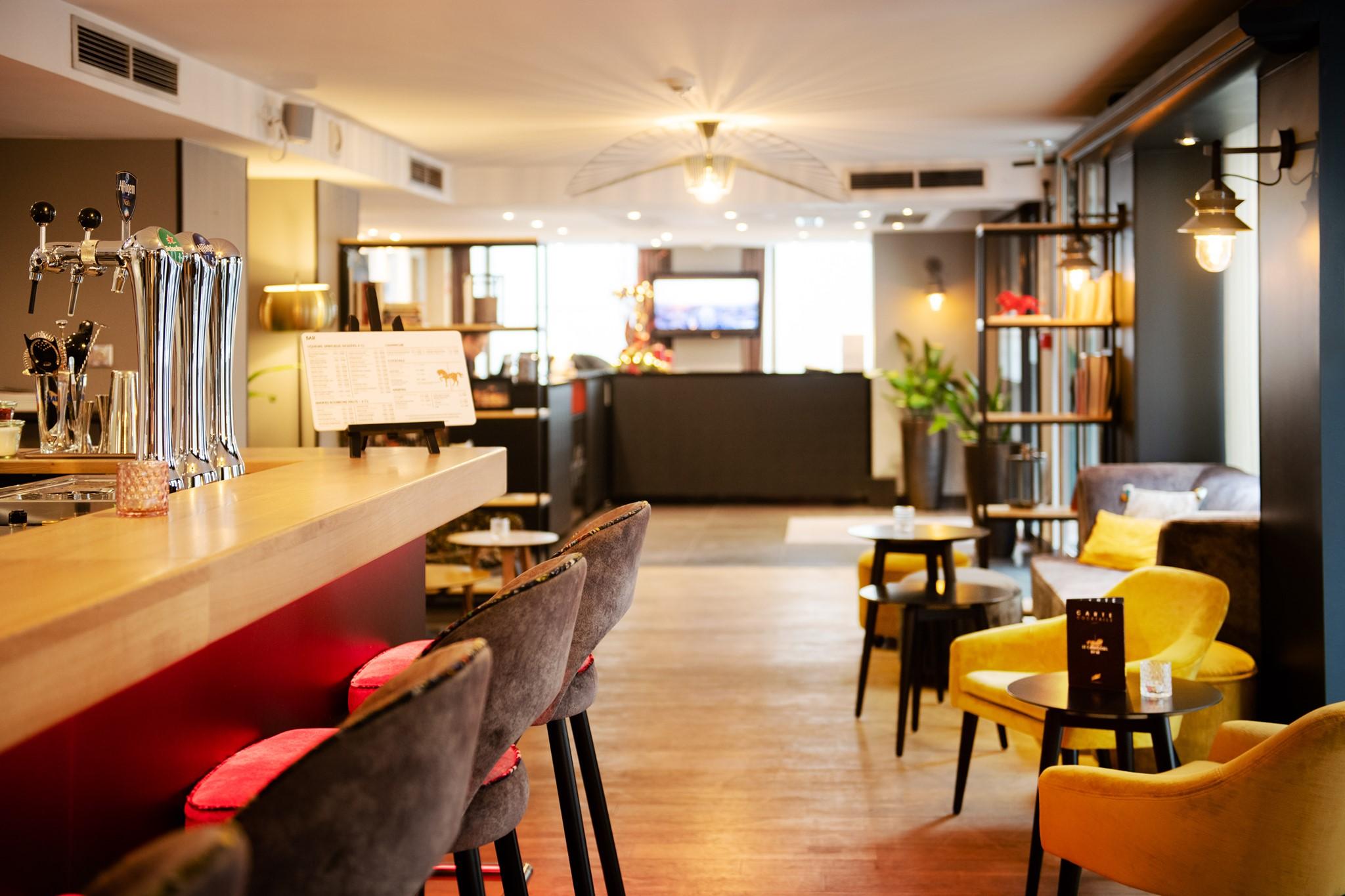 bar et petit déjeuner Mercure Plaza République Lyon