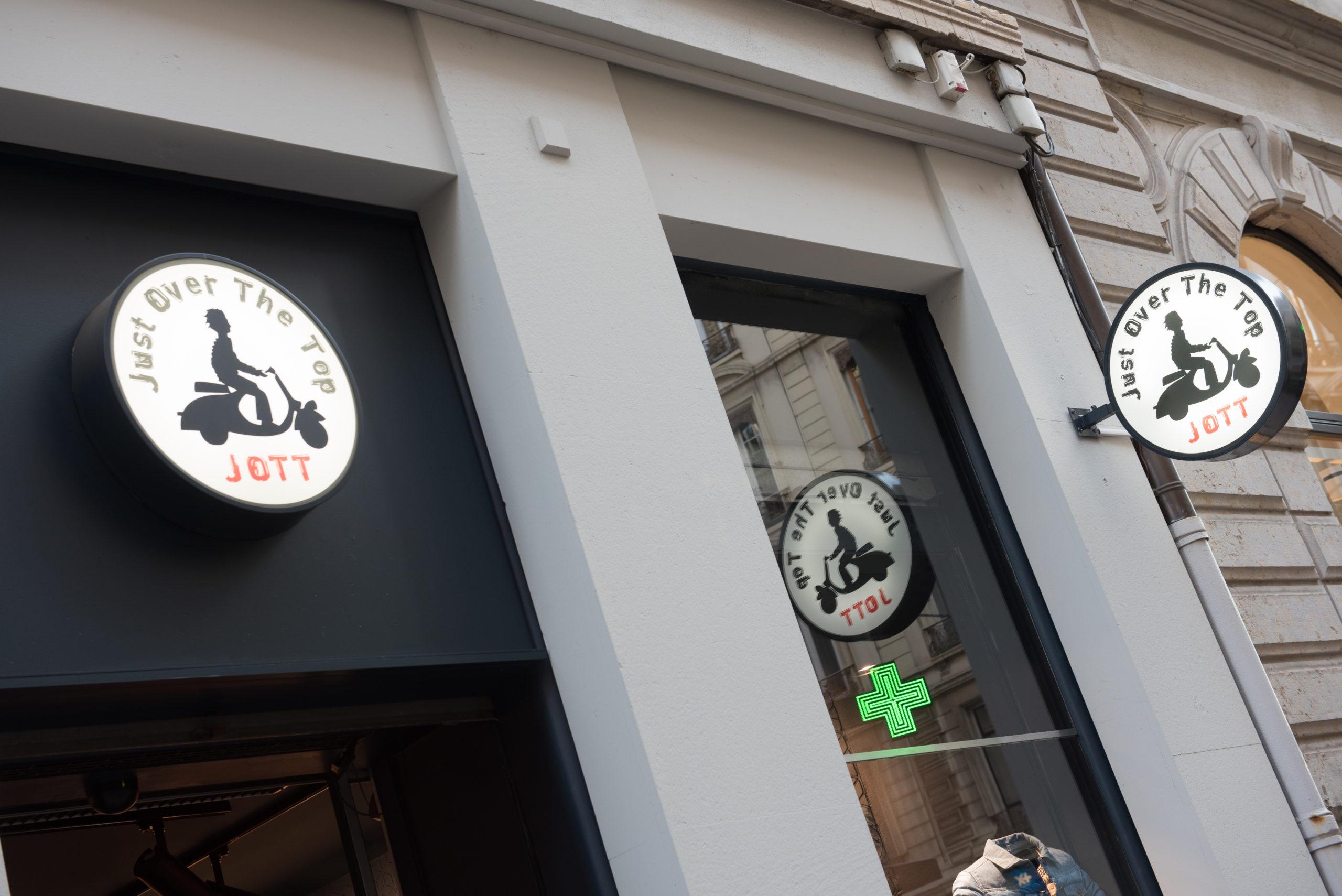 vitrine boutique JOTT Lyon 2