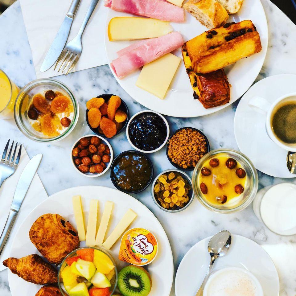Silky Hotel Petit Déjeuner gourmand