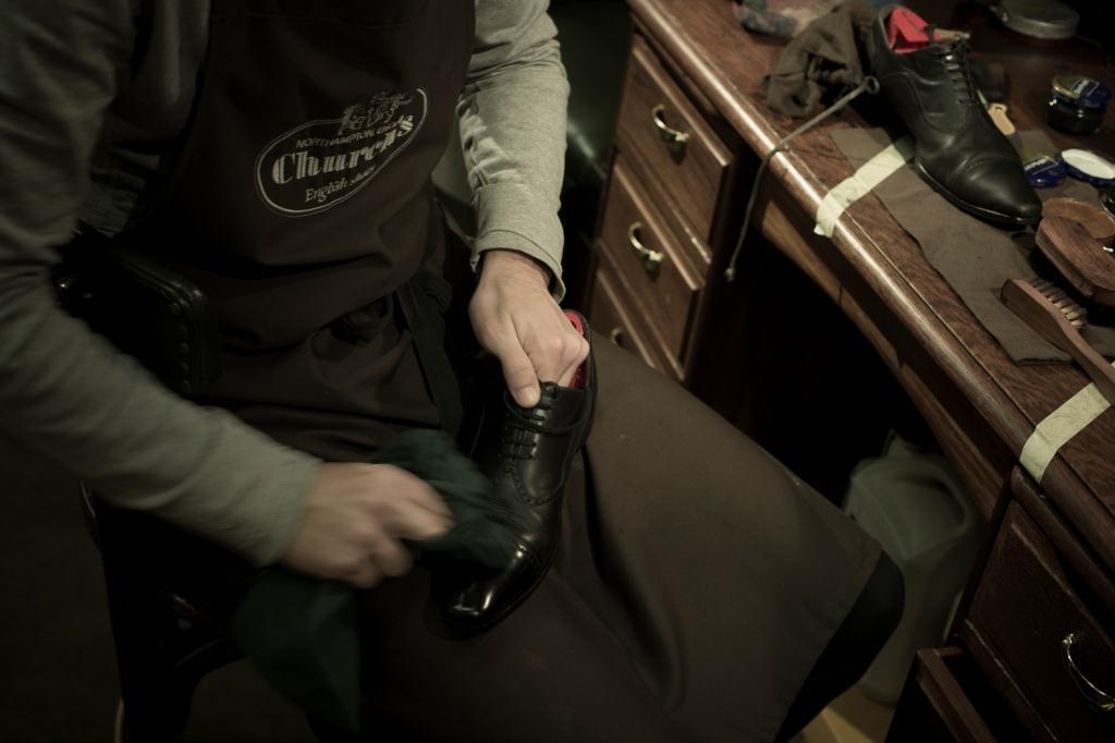 entretien chaussures Upper Shoes Jean de Tournes Lyon