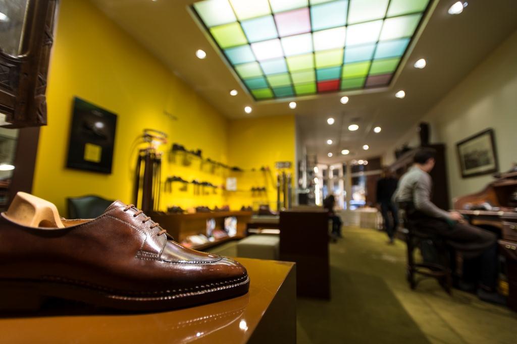 intérieur boutique Upper Shoes Jean de Tournes Lyon