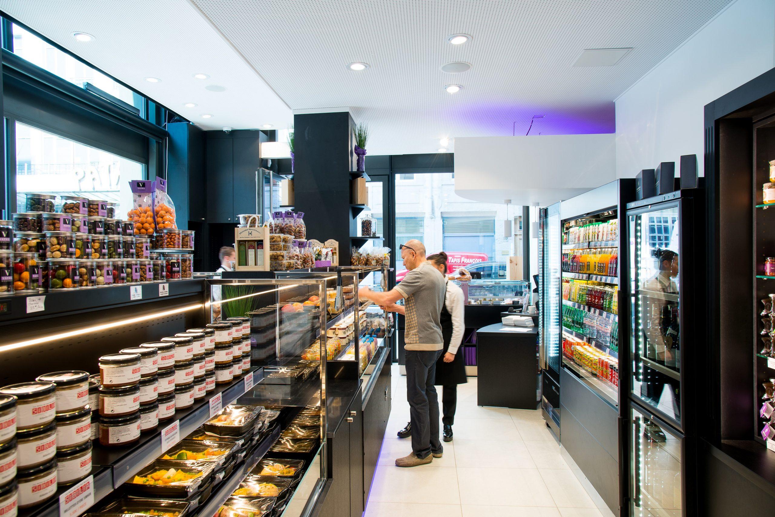 intérieur boutique Vatel Gourmet Lyon GHD
