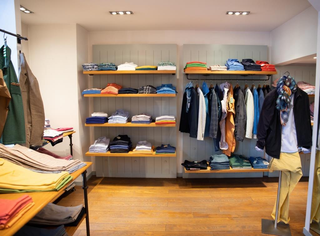 Intérieur boutique Victoire Homme Lyon Prêt-à-porter