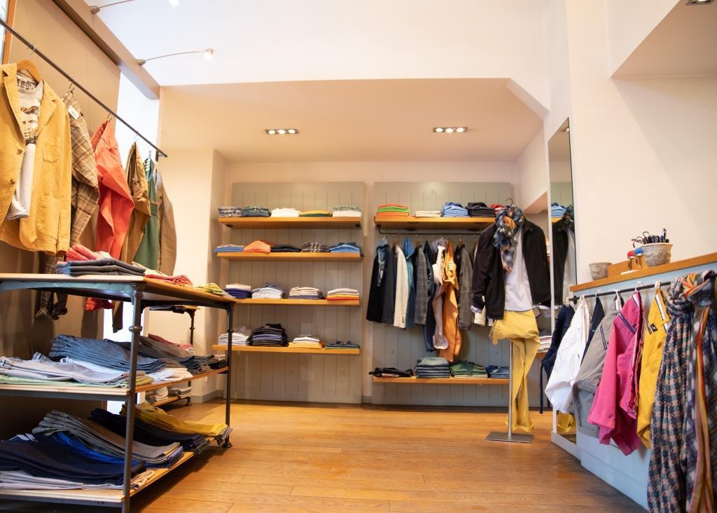 Intérieur boutique Victoire Homme Prêt-à-porter