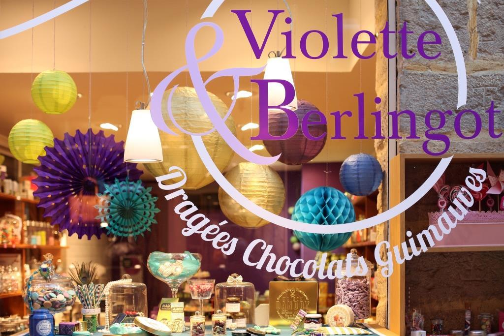 violette et berlingot vitrine boutique bonbons lyon