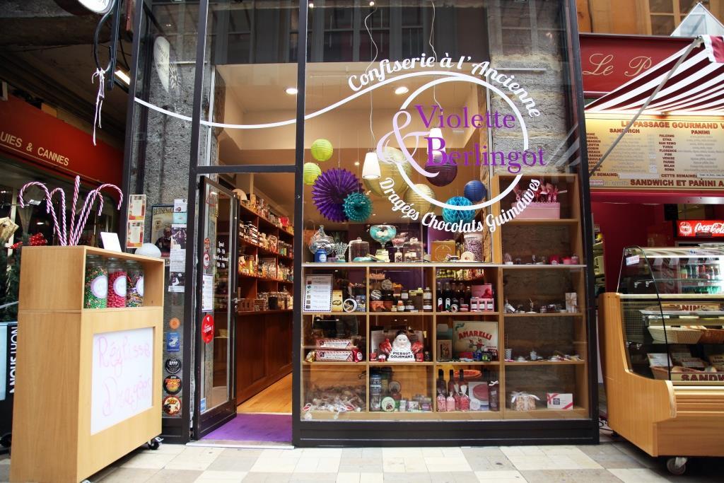 vitrine Violette et Berlingot à Lyon