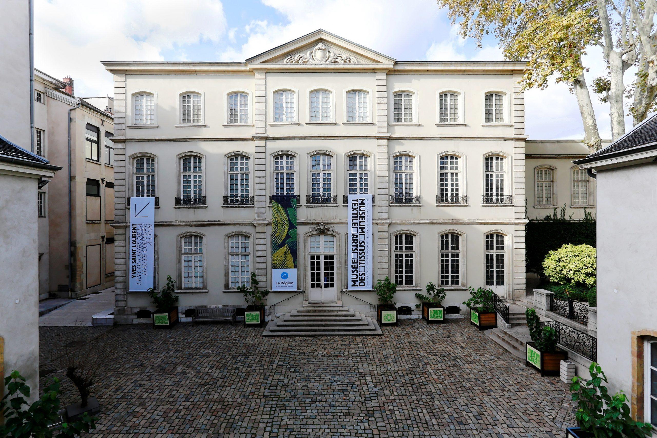Hôtel de Villeroy - Musée des tissus