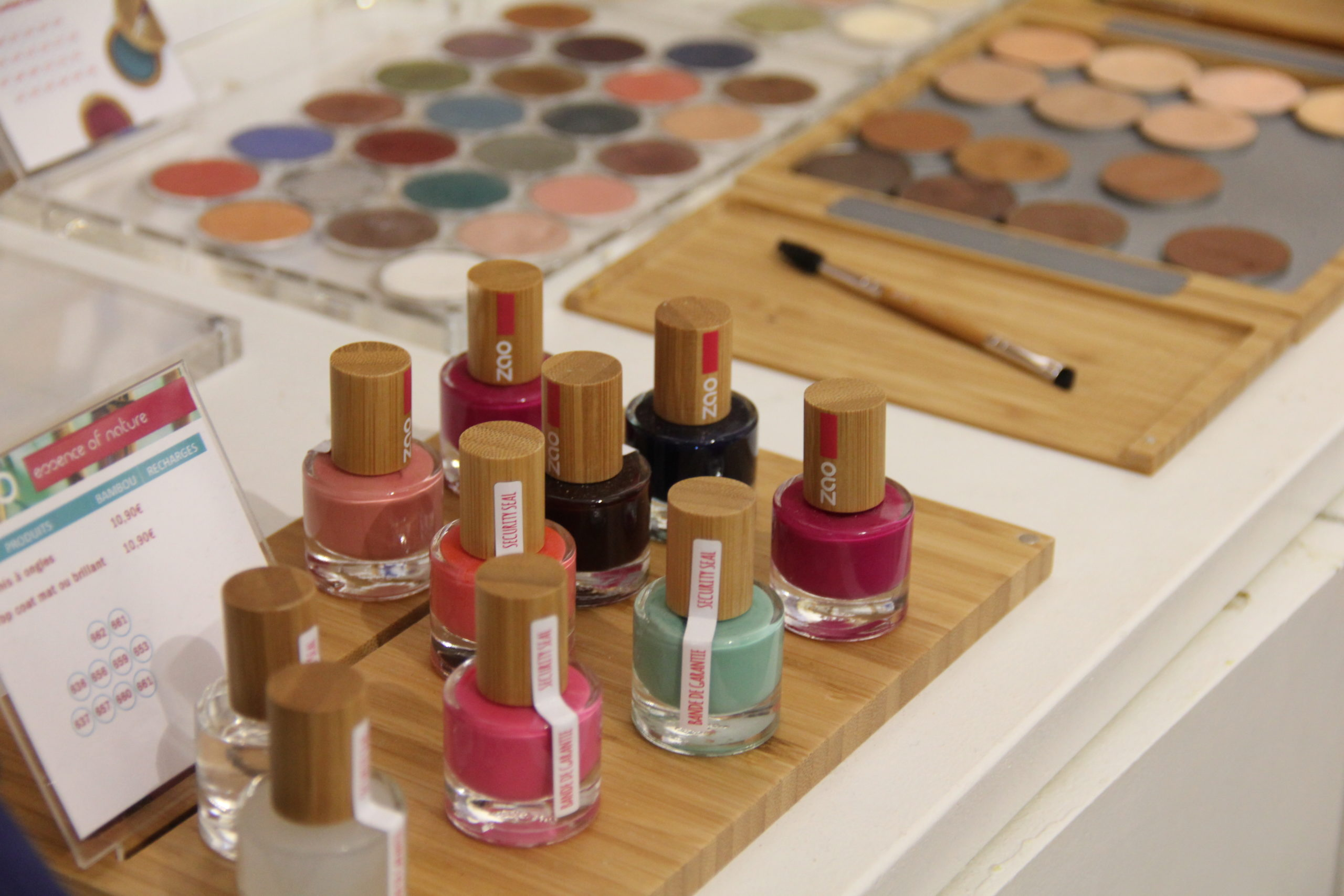 couture-les-curieux-conceptstore-maquillage