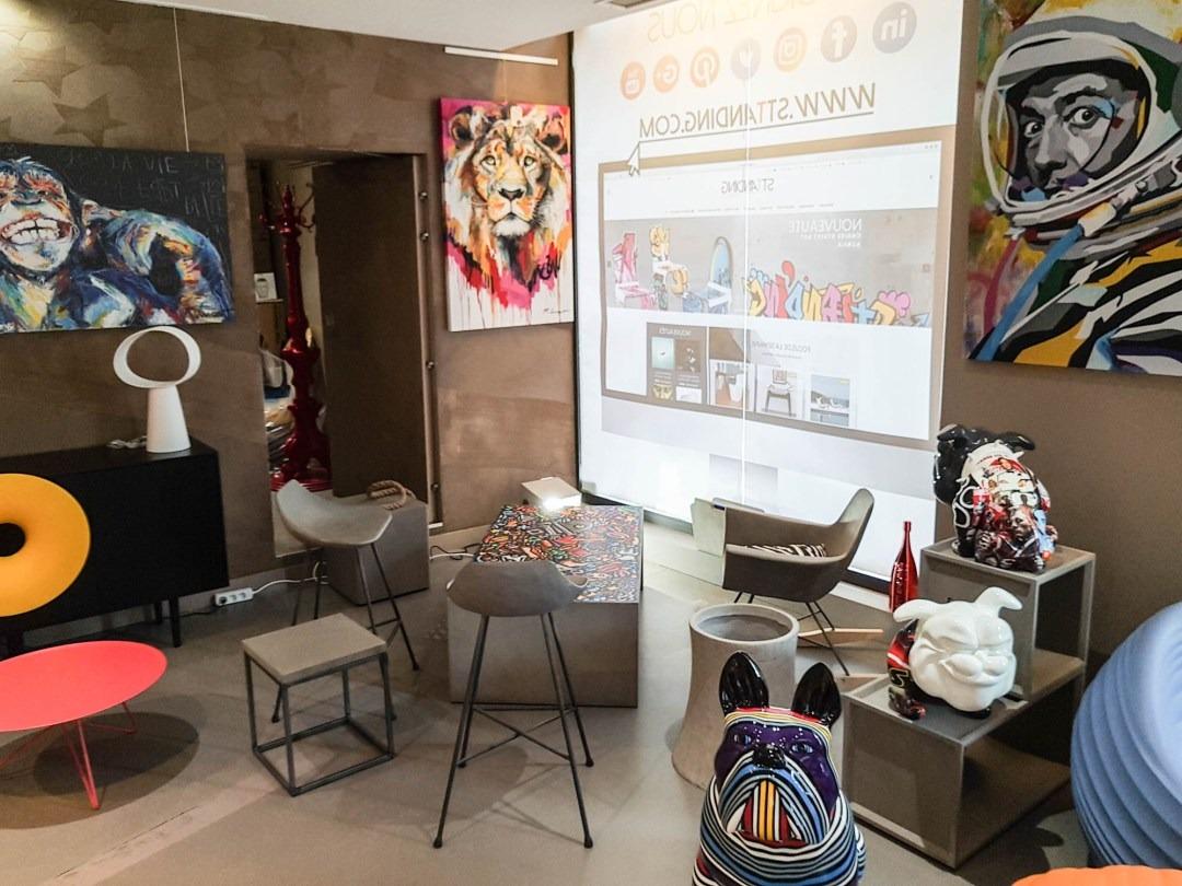 interieur boutique Sttanding Lyon 2