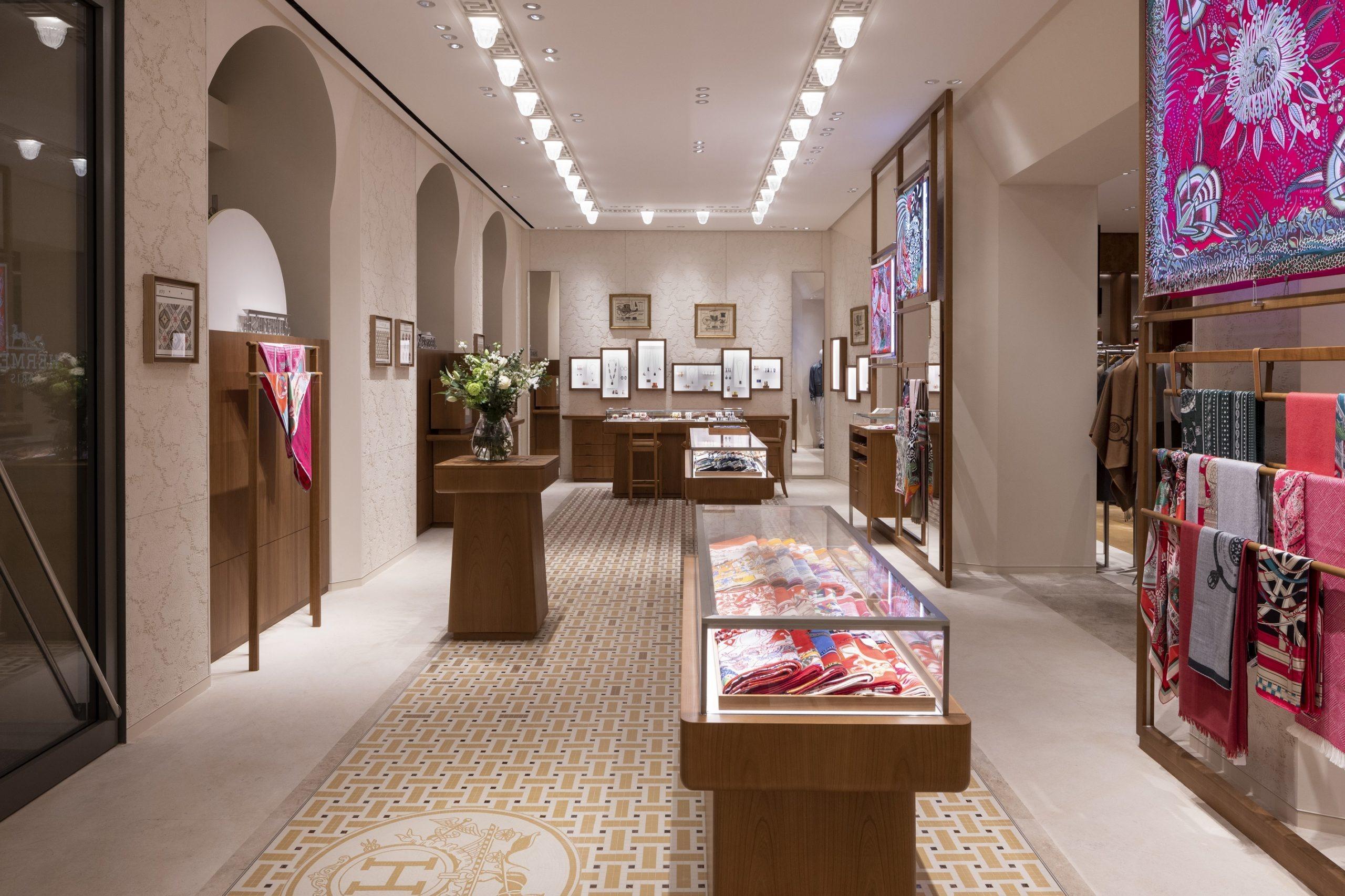 interieur boutique Hermès Lyon 2